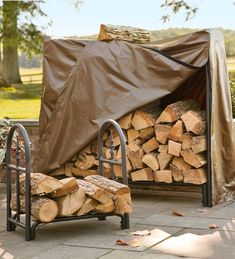 Steel outdoor wood racks can be practical and pretty. Our large decorative wood rack for outdoors offers easy wood storage. Shop our large heavy duty wood rack. Firewood Holder, Firewood Storage, Wood Cart, Fireplace Hearth, Fireplaces, Backyard Projects, House Projects, Wood Projects, Fireplace Accessories