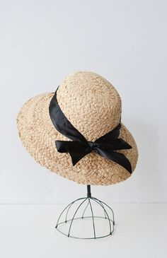 d5b9328d1a4a4 Vintave 1950 s 60 s Summer Straw Hat Ivory Cream Ladies Sun Bucket Hat Size  Small 21