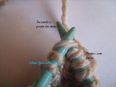Olá meninas!! Montei esse PAP para orientar algumas alunas que me pediram o acabamento do decote em V com o ponto meia central em destaque..... Knitting, How To Knit, Blue Trench Coat, Knitting Videos, Knit Vest, Knitting Patterns, Dressmaking, Tricot, Breien