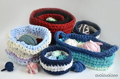 Crochet T Shirt Yarn Baskets: Four variations on containers crocheted from strips of old, stained or otherwise ruined t-shirts! www.cucicucicoo.com