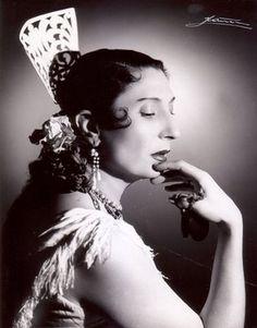 Papeles Flamencos: Pilar López por Ibáñez