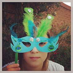 Fantabulous peacock Rio Carnival mask for our #bostikfamilycraftbloggers challenge @TOTS 100