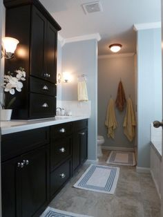 Bathroom Before and After | DIY Show Off ™ - DIY Decorating and Home Improvement Blog