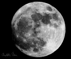 The super moon of 2016!! Shot on a Canon EOS SL1 with a 300mm lens at Av 22 and Tv 1/250, edited in the GIMP.