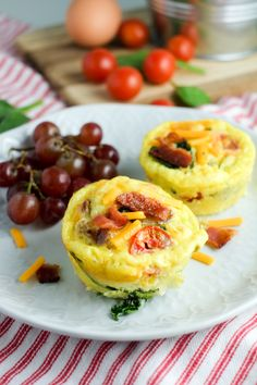 Bacon, Spinach & Tomato Breakfast Egg Cups