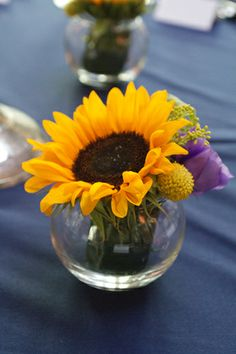 Sunflower Small Vase Display - Name Places