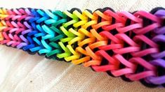 Colorful Loom Bracelet | Insanely Easy DIY Projects For Beginners