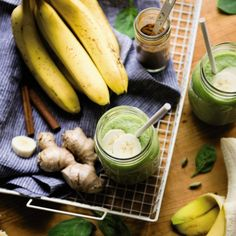 Banana Spice http://www.prevention.com/food/smoothie-recipes-to-boost-your-immune-system/slide/2