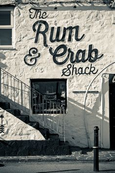 "Signalétique pour ""The Rum & Crab Shack"" Restaurant Signage, Restaurant Exterior, Exterior Signage, Restaurant Ideas, Wayfinding Signage, Signage Design, Cafe Design, Environmental Graphics, Environmental Design"