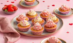 Liefdes cupcakes Recept | Dr. Oetker Mini Cupcakes, Baking Recipes, Cooking, Desserts, Food, Cooking Recipes, Kitchen, Tailgate Desserts, Deserts