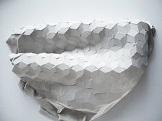 fabric origami Origami Paper Art, Fabric Origami, Textile Sculpture, Abstract Sculpture, Origami Design, Textiles, Textures Patterns, Geometric Patterns, Connect The Dots