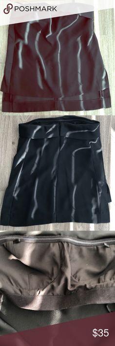Tuxedo top BR Monogram tuxedo top. Sleeveless. Built in bra for support and fit. Banana Republic Tops Blouses