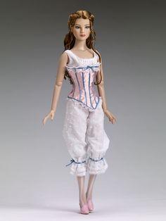 "22"" Vintage Basic   Tonner Doll Company"