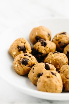 5-Min Vegan Peanut Butter Chocolate Chip Cookie Dough 338 cal for half wo choc chips use 2 T pnut flour