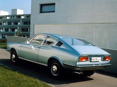 Audi 100 Coupe S.. now that's a car!