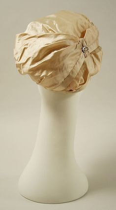Hat (image 3) | French | 1800 | silk, metal, raffia | Metropolitan Museum of Art | Accession Number: 1991.239.1