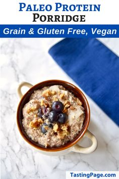 Paleo Protein Porridge - gluten free, grain free, dairy free, vegan. A hearty and healthy breakfast recipe | TastingPage.com #paleo #grainfree #glutenfree #paleo_diet #breakfast #healthybreakfast #vegan #healthyrecipe Low Carb Breakfast, Healthy Breakfast Recipes, Healthy Food, Ketogenic Breakfast, Breakfast Muffins, Health Breakfast, Breakfast Ideas, Dairy Free Recipes, Gluten Free Recipes