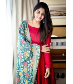 Maroon long dress with pure silk kalamkari dupatta Long Dress Design, Dress Neck Designs, Designs For Dresses, Churidhar Neck Designs, Blouse Designs, Simple Kurta Designs, Kurta Designs Women, Salwar Designs, Kalamkari Designs