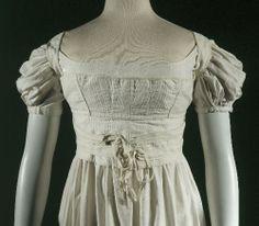 Corset, 1820, GAL1957.16.17 © R. ja P. Briant Ladet / Galliera / Roger-Viollet