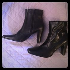 ✨Brand new black boots!✨ Size 8.5, NEVER worn! Gorgeous black high heeled boots with zipper closure. Shoes Heeled Boots