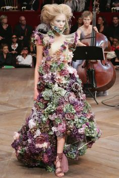 Pin for Later: God Save McQueen! Get Your Tickets For the Most Anticipated Fashion Exhibition Alexander McQueen Spring 2007