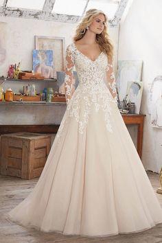 ivory long sleeves lace wedding dress   itakeyou.co.uk #weddingdress #laceweddingdress #weddingdresses #weddinggown #longsleeveweddingdress