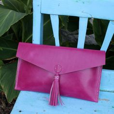 Leather Clutch Fucsia – Follow the Folk Natural dye #handmade #fairtrade Available in www.followthefolk.com
