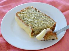 I just LOVE all things Lemon and this Thermomix Lemon and Poppy Seed Cake is no exception! It's based on my Lemon Butter Cake recipe,