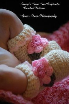 Ravelry: Baby Booties, Pastel with Embellishment Options pattern by Sandy Powers by deborah.calarco.7