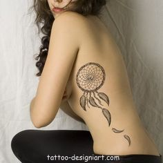 tattoo dreamcatcher idea tattoos art design style girls picture image http://www.tattoo-designiart.com/tattoos-designs-for-girls/dream-catcher-tattoo-design-43/