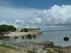 モザンビーク島 - (1991年、文化遺産) Ilha de Moçambique ◆モザンビーク - Wikipedia https://ja.wikipedia.org/wiki/%E3%83%A2%E3%82%B6%E3%83%B3%E3%83%93%E3%83%BC%E3%82%AF #Mozambique