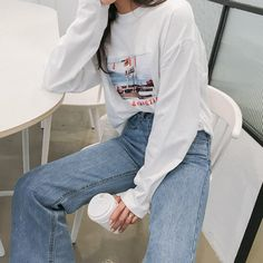 Young women& fashion trends for urban style Korean Outfits, Mode Outfits, Fashion Outfits, Fashion Tips, Fashion Design, Fashion Women, Women's Fashion, Latest Fashion, Korean Fashion Trends