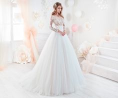 Nicole wonderful princess gown in tulle with beaded macrame lace.