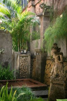 20 Tropical Outdoor Showers With Peaceful Feeling