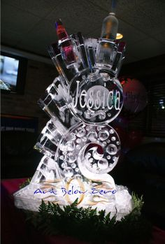 Swirly bottle holder and Luge Jessica ice sculpture