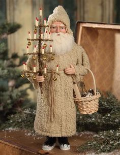 Vintage style santa by Bethany Lowe. Primitive Christmas Decorating, Primitive Santa, Antique Christmas Ornaments, Prim Christmas, German Christmas, Christmas Past, Victorian Christmas, Father Christmas, Country Christmas
