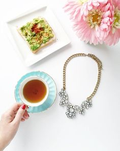 Taking a little break before the weekend starts  ... Get this gorgeous necklace at thingseyelove.com  What's your plan for the weekend? #thingseyelove1