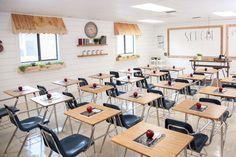 magnolia classroom makeover. fixer upper. joanna gaines Modern Classroom, High School Classroom, New Classroom, Classroom Design, Classroom Decor, Montessori Classroom, Classroom Hacks, Classroom Layout, Magnolia Market