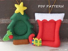 PDF pattern to make a felt Christmas frames Más Picture Frame Christmas Ornaments, Easy Christmas Ornaments, Felt Ornaments, Simple Christmas, Felt Animal Patterns, Christmas Frames, Christmas Activities, Pdf Sewing Patterns, Felt Crafts