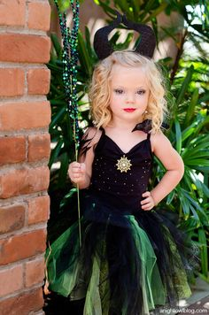 This Maleficent costume is tutu cute... don't you think? Plus it's super easy to  make!