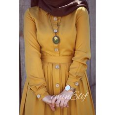 Her rengi birbirinden güzel demiştimdi 😌 Hardal ❣️ . . 36-38-40-42 bedenlidir 85 liradır 126 cmdir Ücretsiz kargo 😍 . . . Kolyem iğne… Abaya Fashion, Muslim Fashion, Eid Outfits, Fashion Outfits, Hijab Dress Party, Modele Hijab, Mode Abaya, Hijab Style, Casual Hijab Outfit