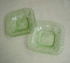 2X VINTAGE Green DEPRESSION Glass SQUARE Bowl DISHES Plates CROWN Crystal