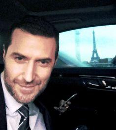 @TheHobbitMovie @WBHomeEnt bonsoir a Paris!!!
