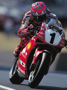 Carl Fogarty – or Foggy as he is widely known – is the undisputed king of World Superbike racing.