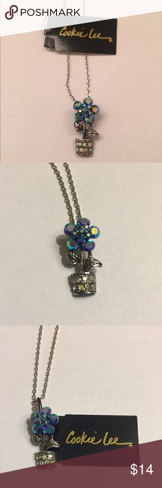 "Cookie Lee Flower Pendant Necklace **NWT** Beautiful Genuine Crystal Flower Pendant Necklace. Never Been Worn And In Excellent Condition.Length Of Chain Is Approximately 18"" Cookie Lee Jewelry Necklaces"