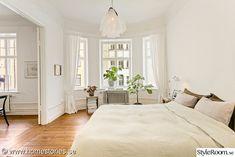 - My Home Driveway Design, Plank, Villa, Pergola, Wall Decor, Interior Design, Bed, Furniture, Blogg