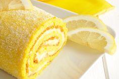 Il rotolo mimosa è un dolce che si ispira alla classica torta mimosa e che sarà perfetto per la Festa della Donna. Ecco la ricetta