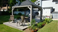 Deck with Pergola - Home and Garden Design Idea's