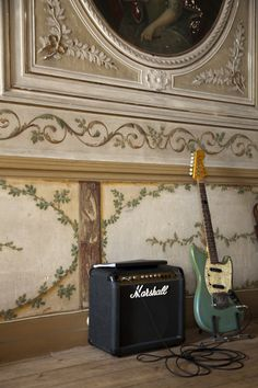 Fender Jaguar & Marshall. What's not to like?
