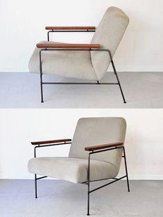 細くシンプルなスチール脚と無垢のアーム。店舗設計から家具デザインまで手掛けるCASE GROUND(ケースグラウンド)の職人技の光る一人掛けソファ。